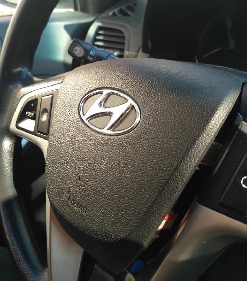 снимаем подушку безопасности Hyundai Solaris